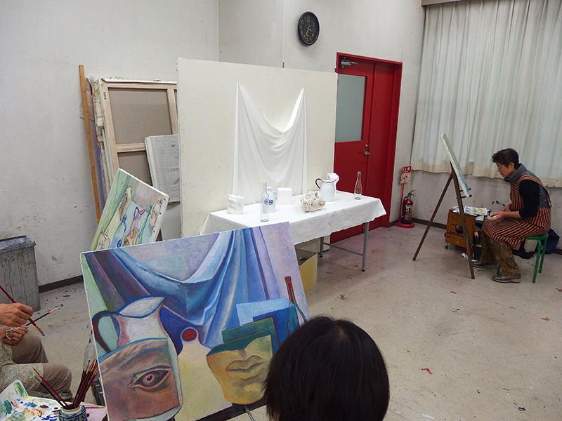 木曜油絵クラスの授業風景